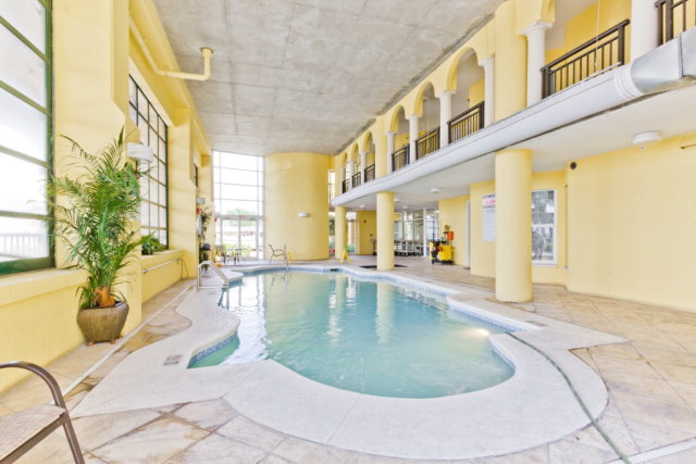 Porto Del Sol indoor pool