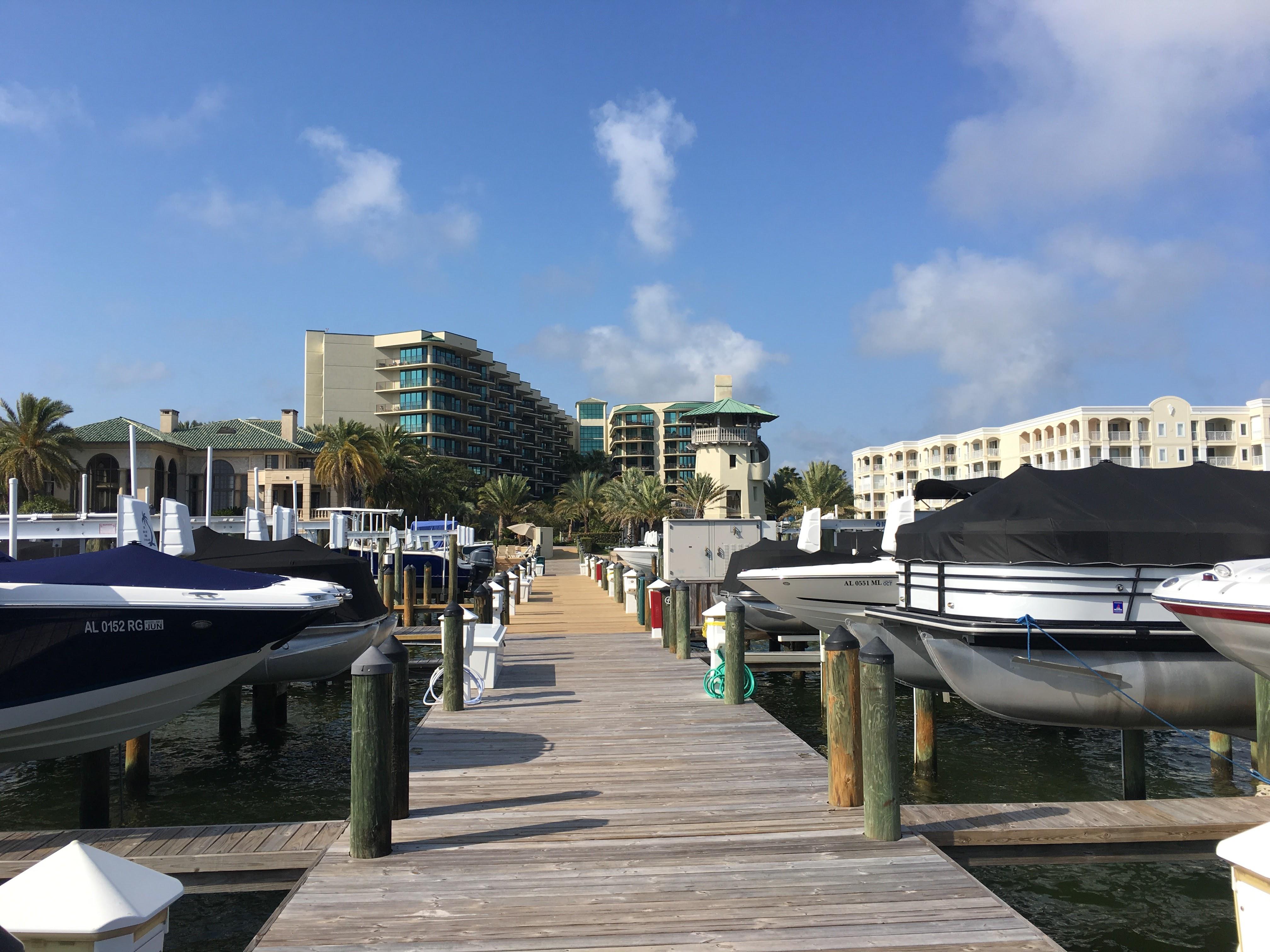 Phoenix on the Bay II - Boat docks
