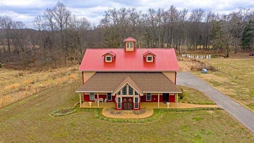 """Want a """"barndominium"""" home?"""