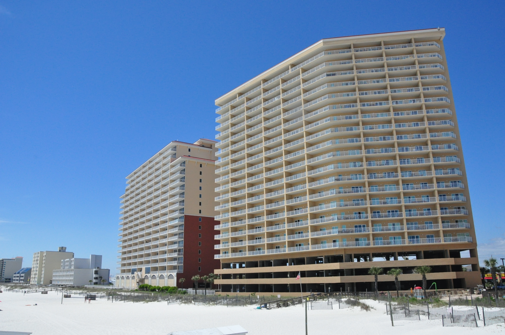 Options for condos on Alabama's Gulf coast are varied...