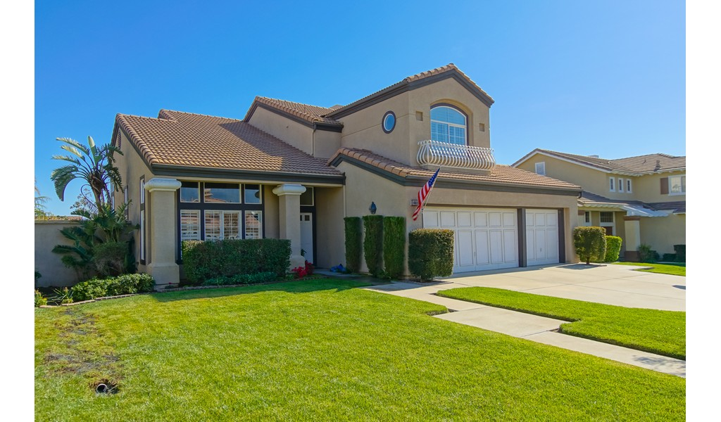 In The Community of Brentwood, 4 Bedroom Home on Annandale