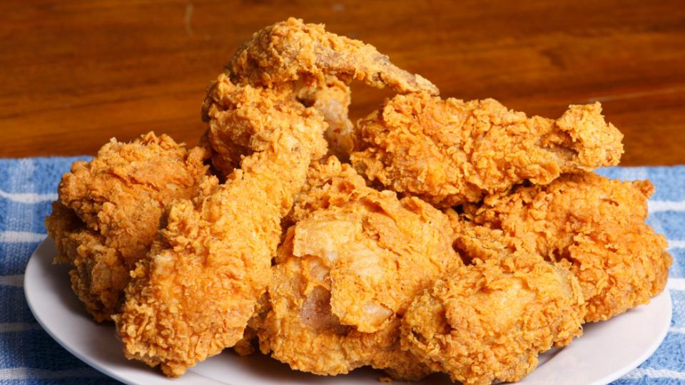 Our 5 Favorite Arizona Fried Chicken Restaurants 🍗