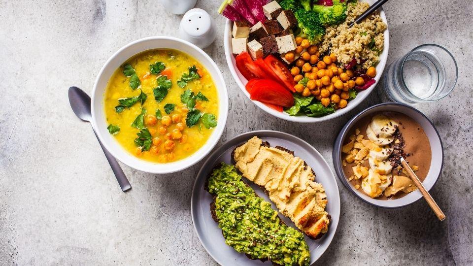 Our 5 Favorite Vegan & Vegetarian Restaurants in the Valley 🥗