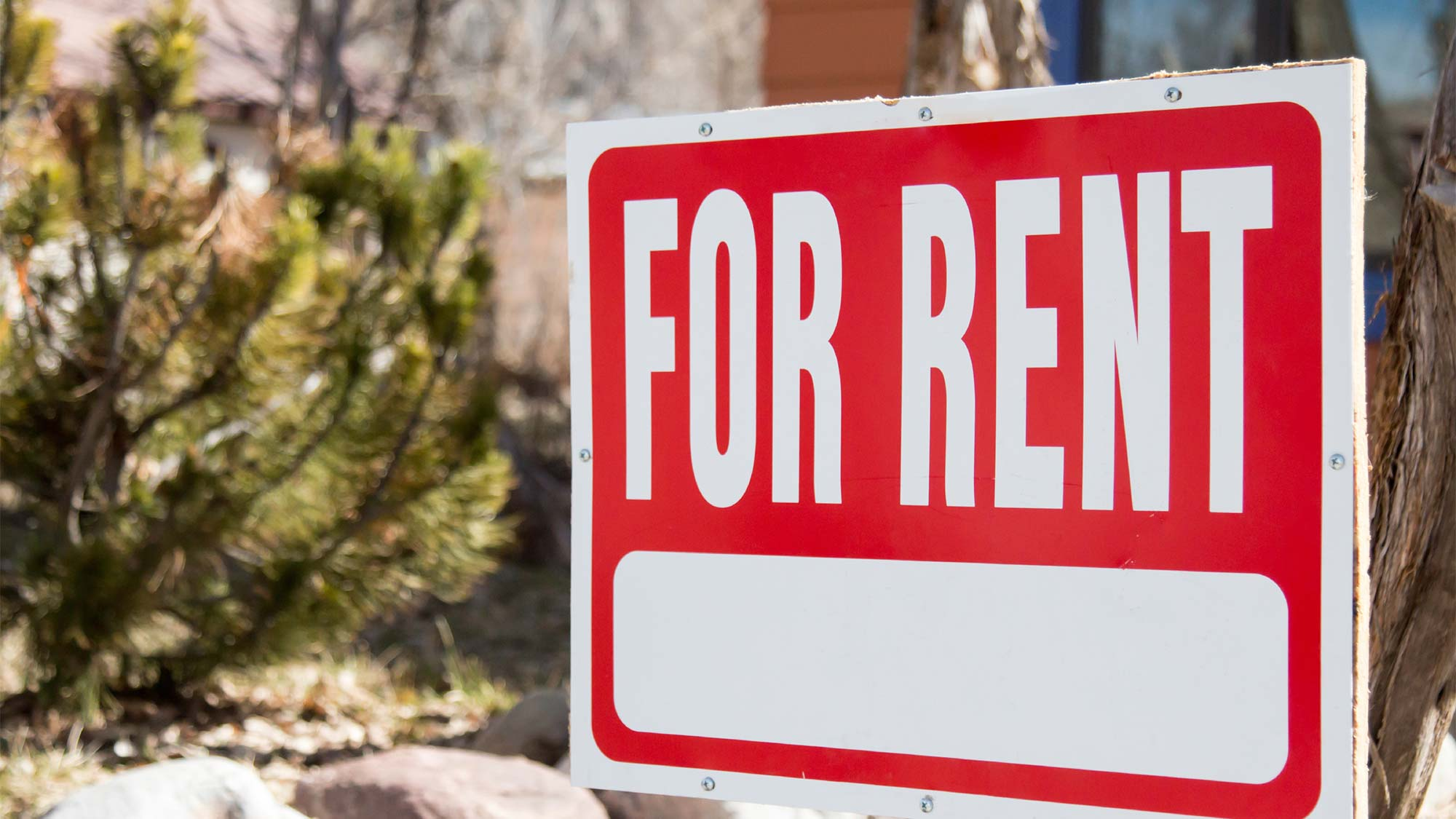 homeowner finds out her house is for rent