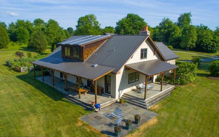 912 White Post-Twisted Oak Farm