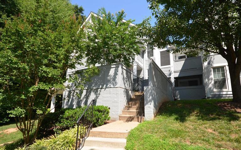 1563 CHURCH HILL PL #1563, RESTON, VA 20194 OPEN HOUSE: SUN 8/27 • 1-4 PM FX10002825 | $315,000 | Listed by Ryan Clegg & Megan Clegg
