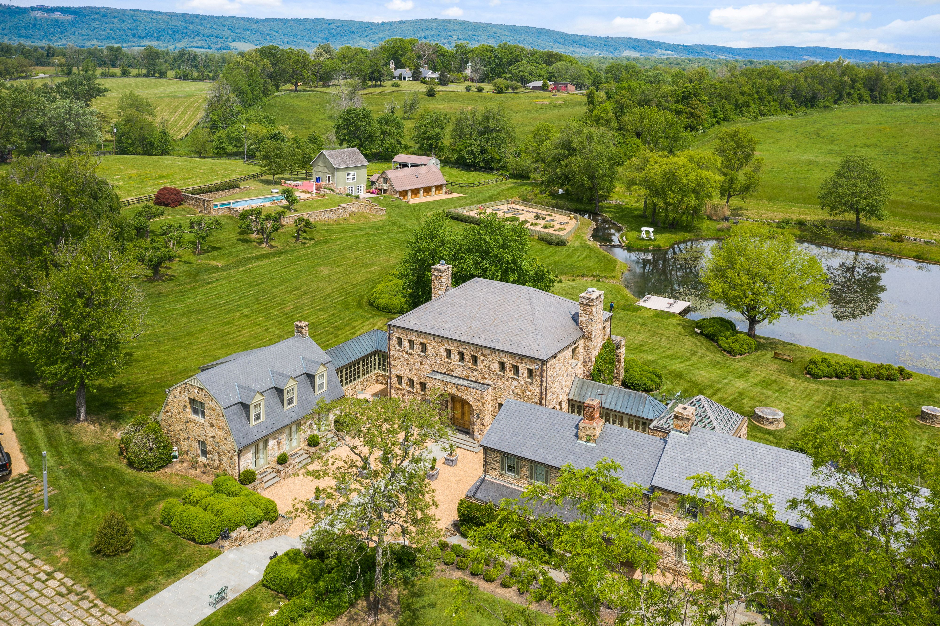 33846 Foxlease Ln | Upperville