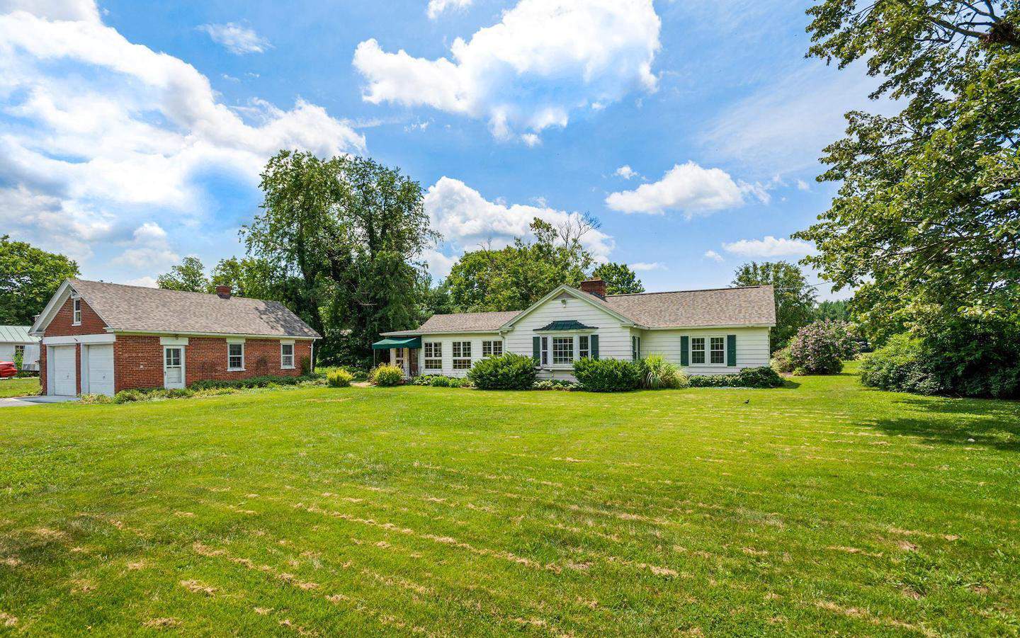 106 Berrys Ferry Rd | White Post