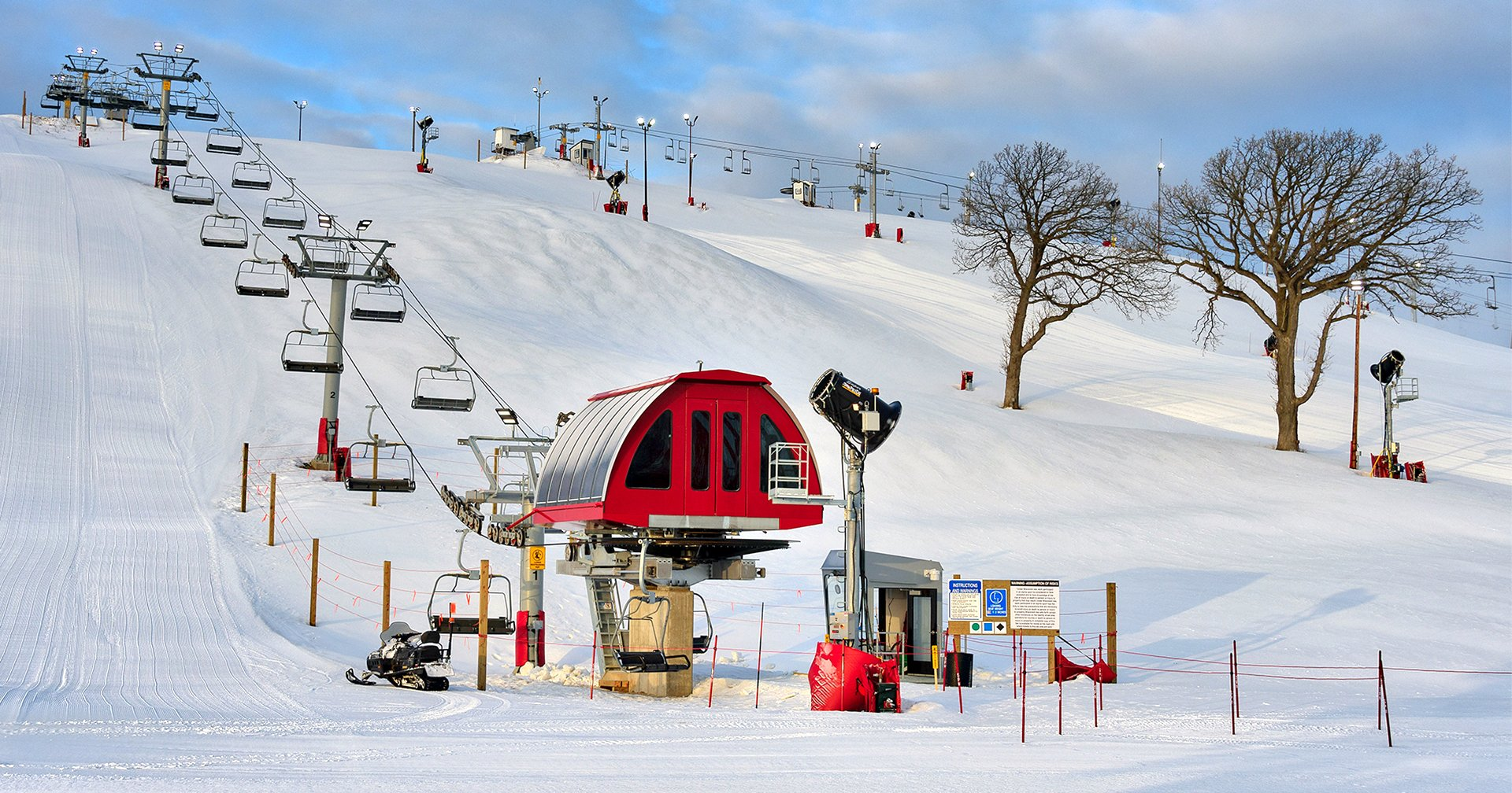 winter fun in southeastern wisconsin   downhill skiiing & snowboarding!