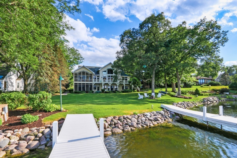 SOLD! Spectacular Lake Retreat on Lauderdale Lakes | W5328 Plantation Rd, Elkhorn WI