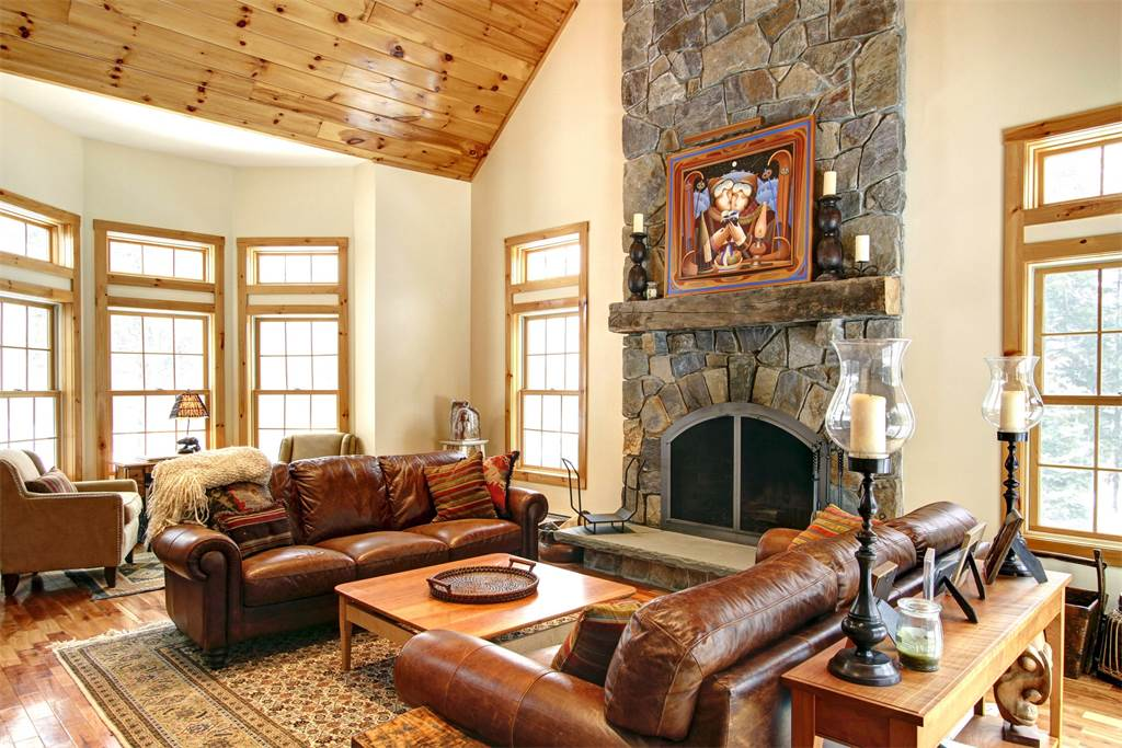 Ride The Private Stratton Vt Mountain Resort Shuttle From This Exquisite Mountain Home Enhanced By Dignified Accents And Warm Tones