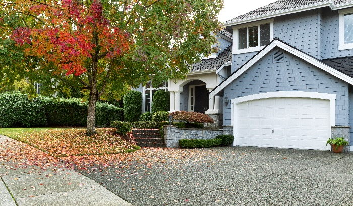 Four Essential Tasks to Prepare Your Home for the Autumn Season