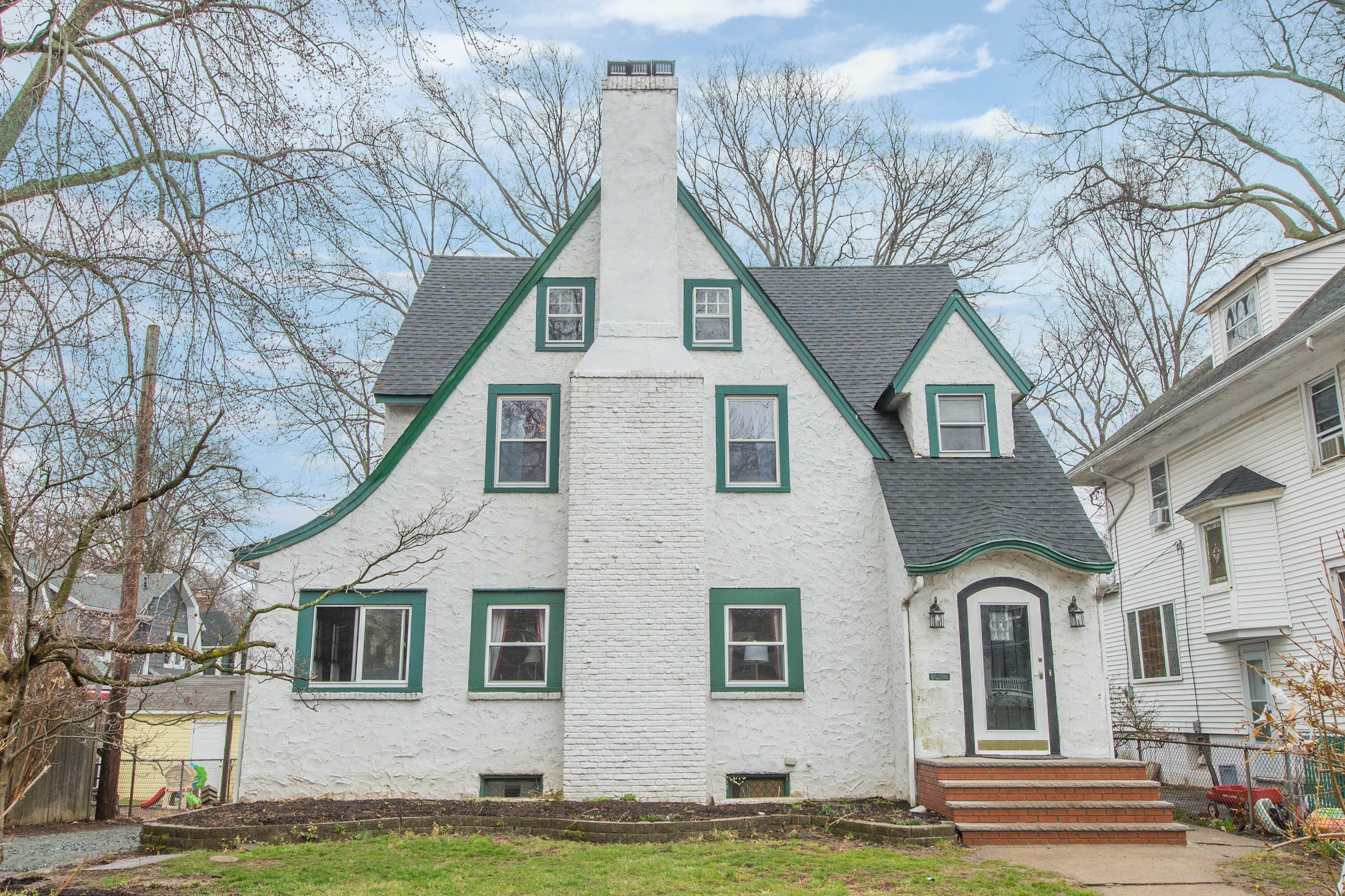 Blog - Melody Kettle: Buy Sell Montclair