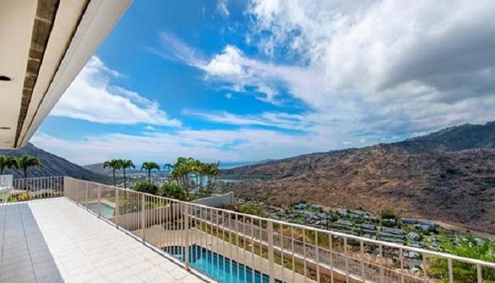 1258 Kamehame Dr, Napali Haweo semi luxury home
