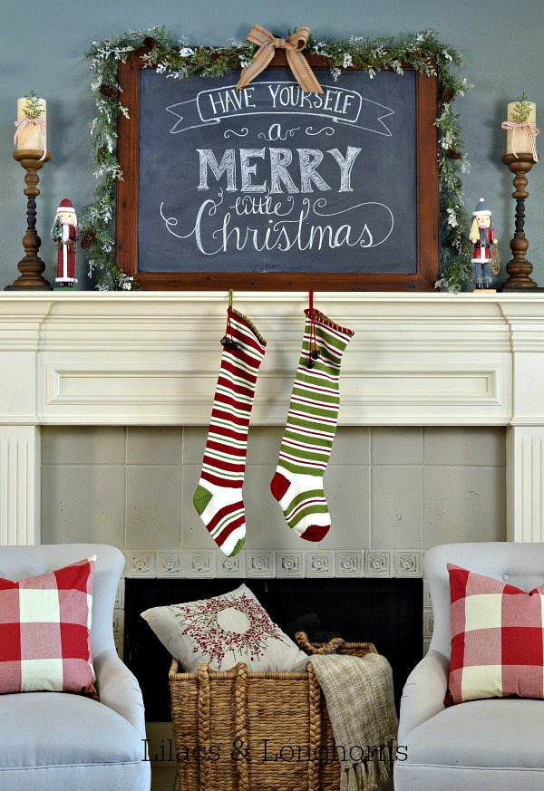 if you have a soul or even if you dont you can at least appreciate the beauty of christmas decorations - Beautiful Mantel Christmas Decorations