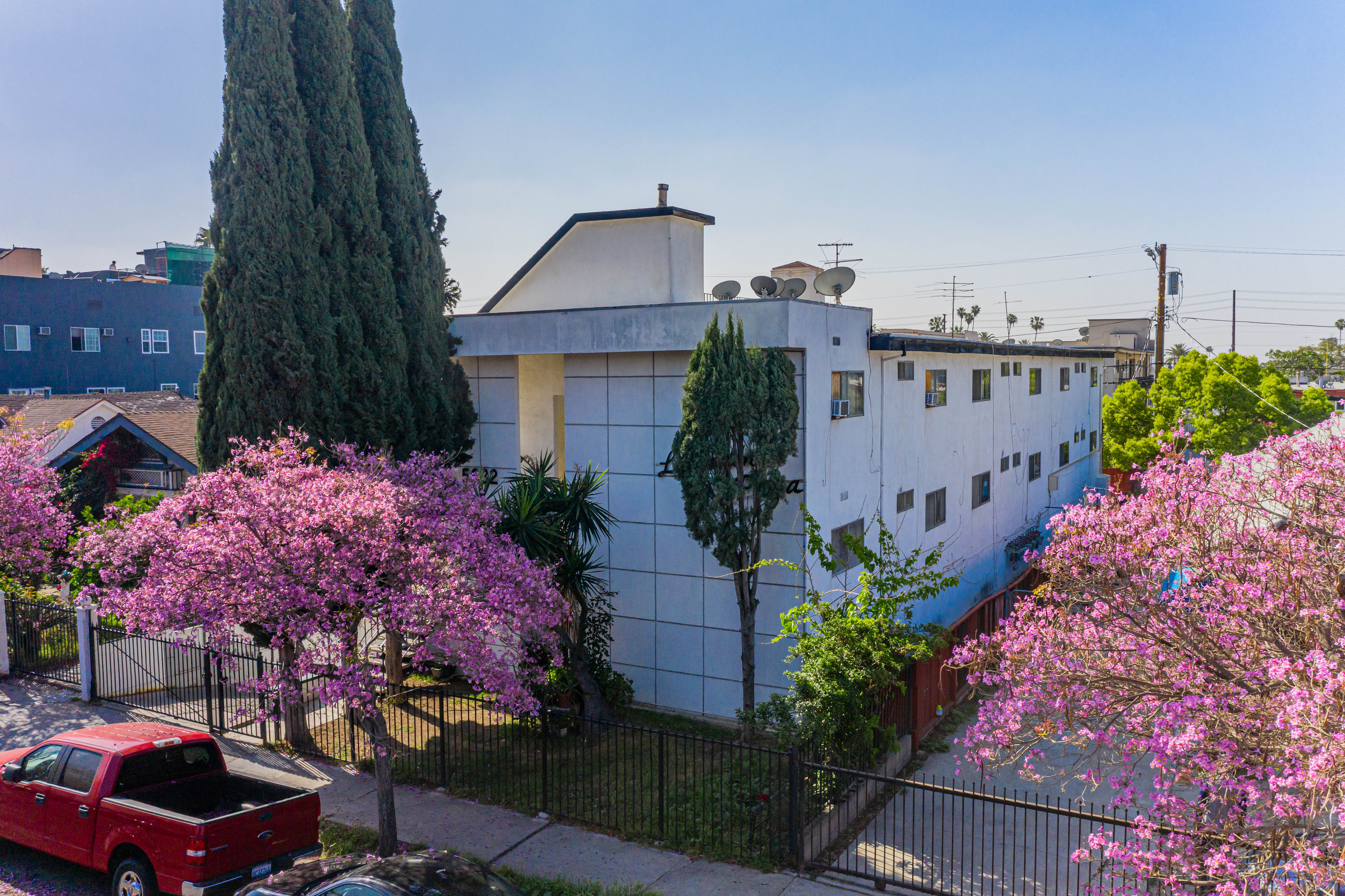 JUST LISTED | Great value-add, 10-unit building in Central East Hollywood!!