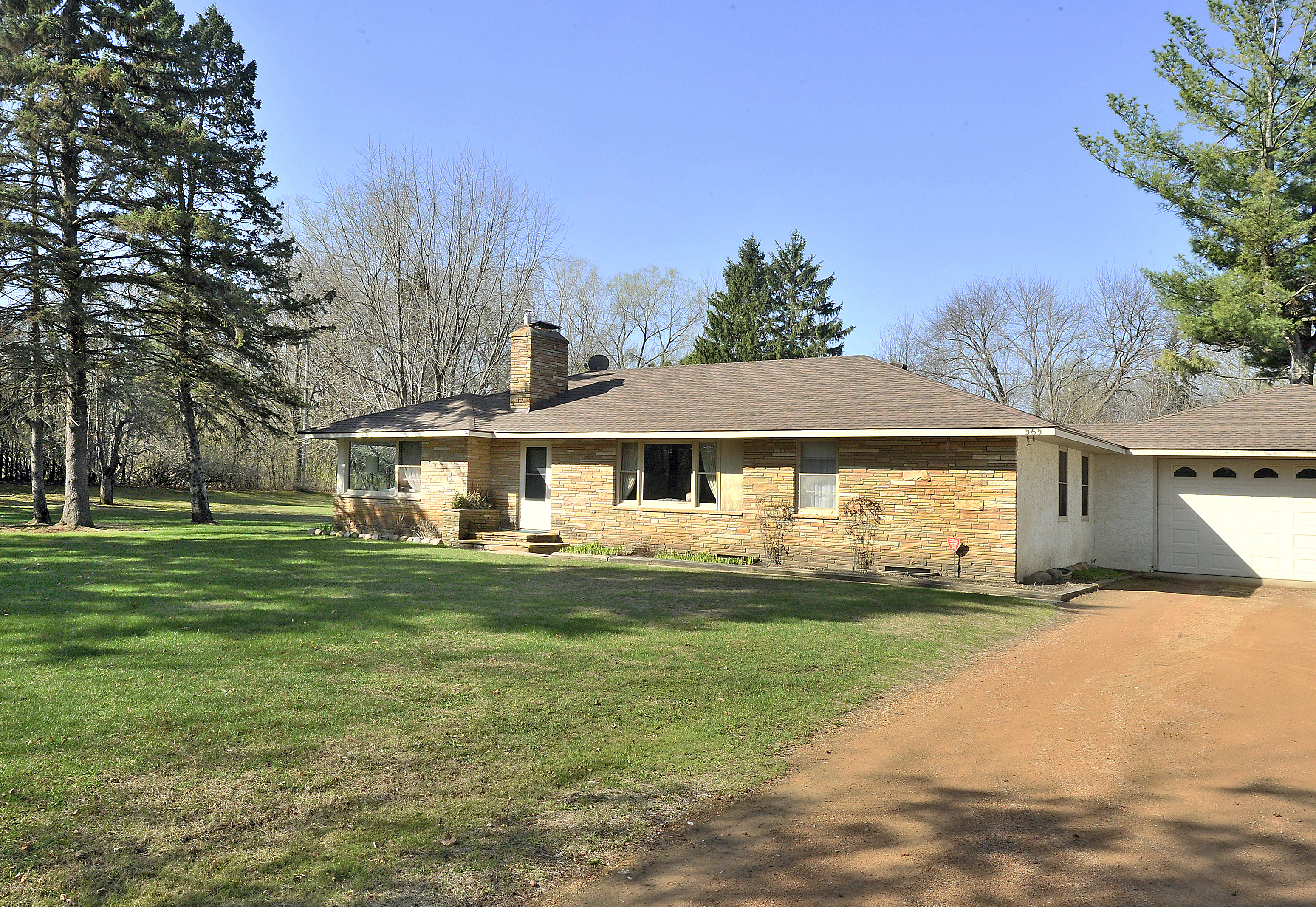 5611 sheldon road - 565 Ferndale Road N Orono Sold 390 000 3 Bed 2 Bath 1 662 Square Feet Represented Seller