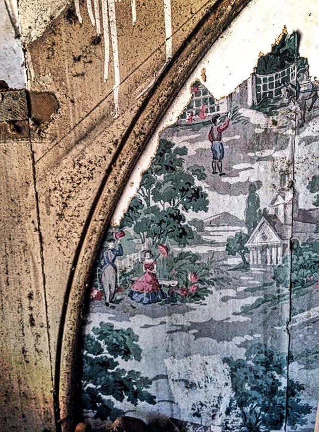 The Landmark pre-restoration: closeup of wallpaper