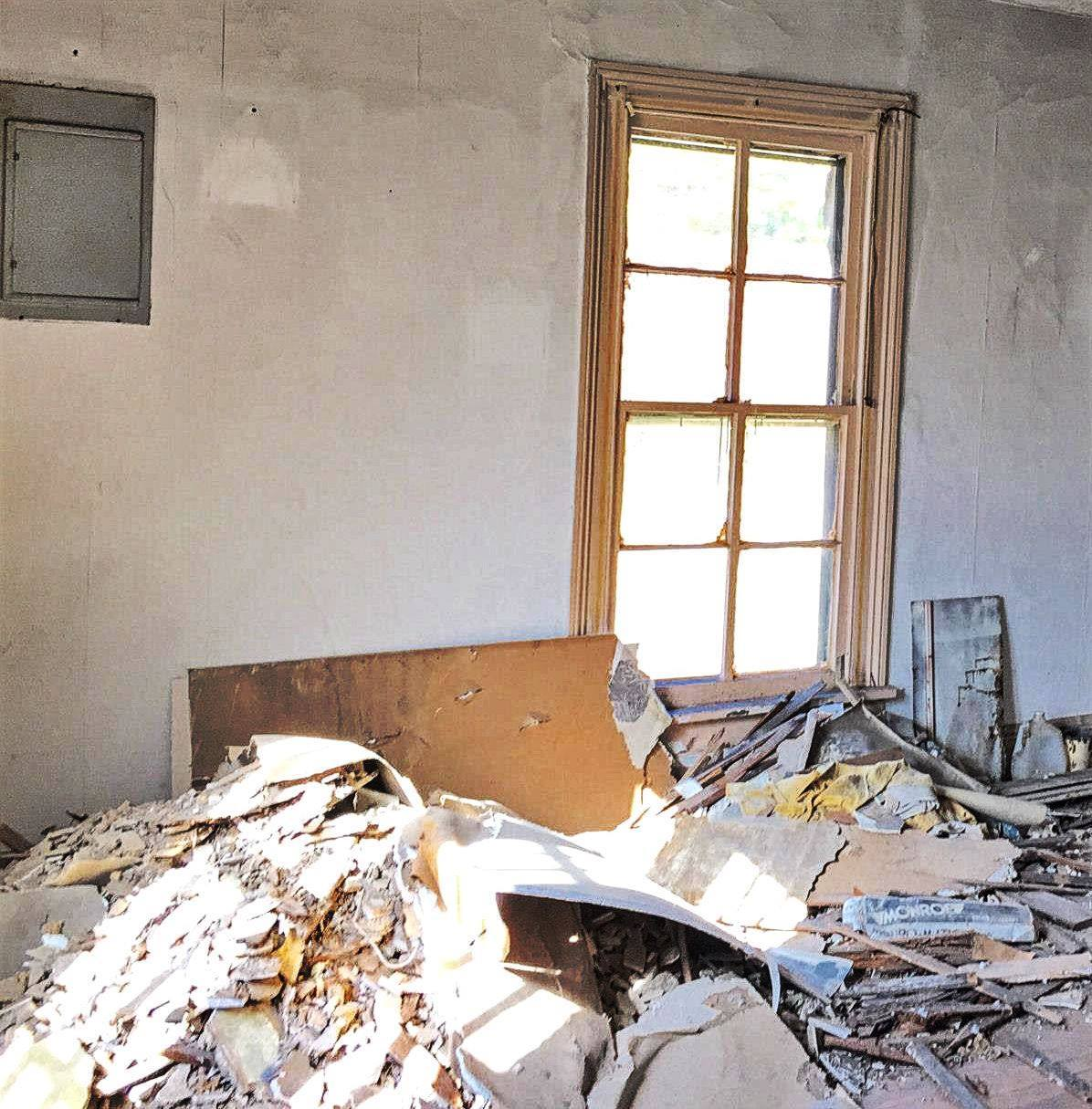 The Landmark pre-restoration: bedroom