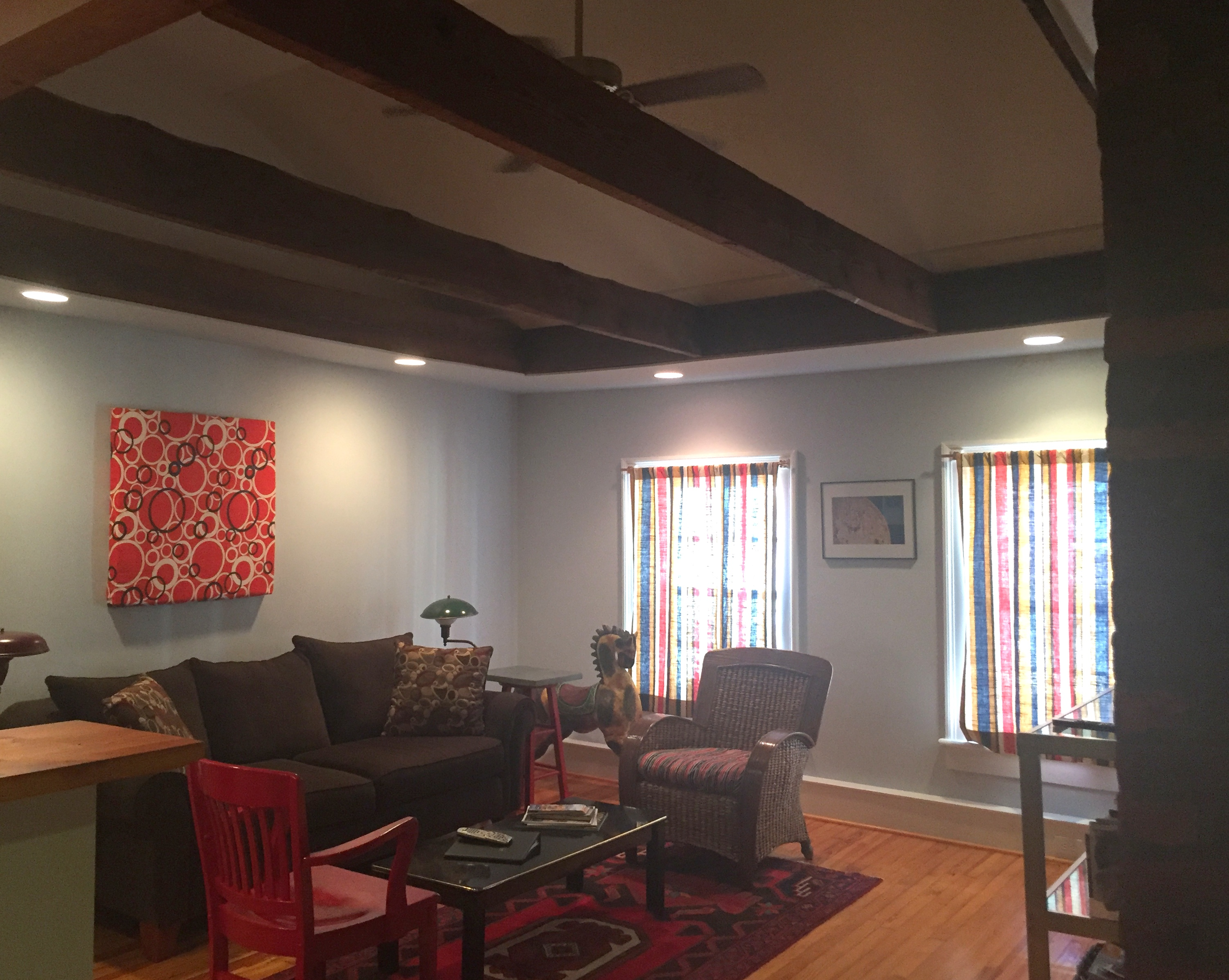living area of susan weeks' bard's nest airbnb