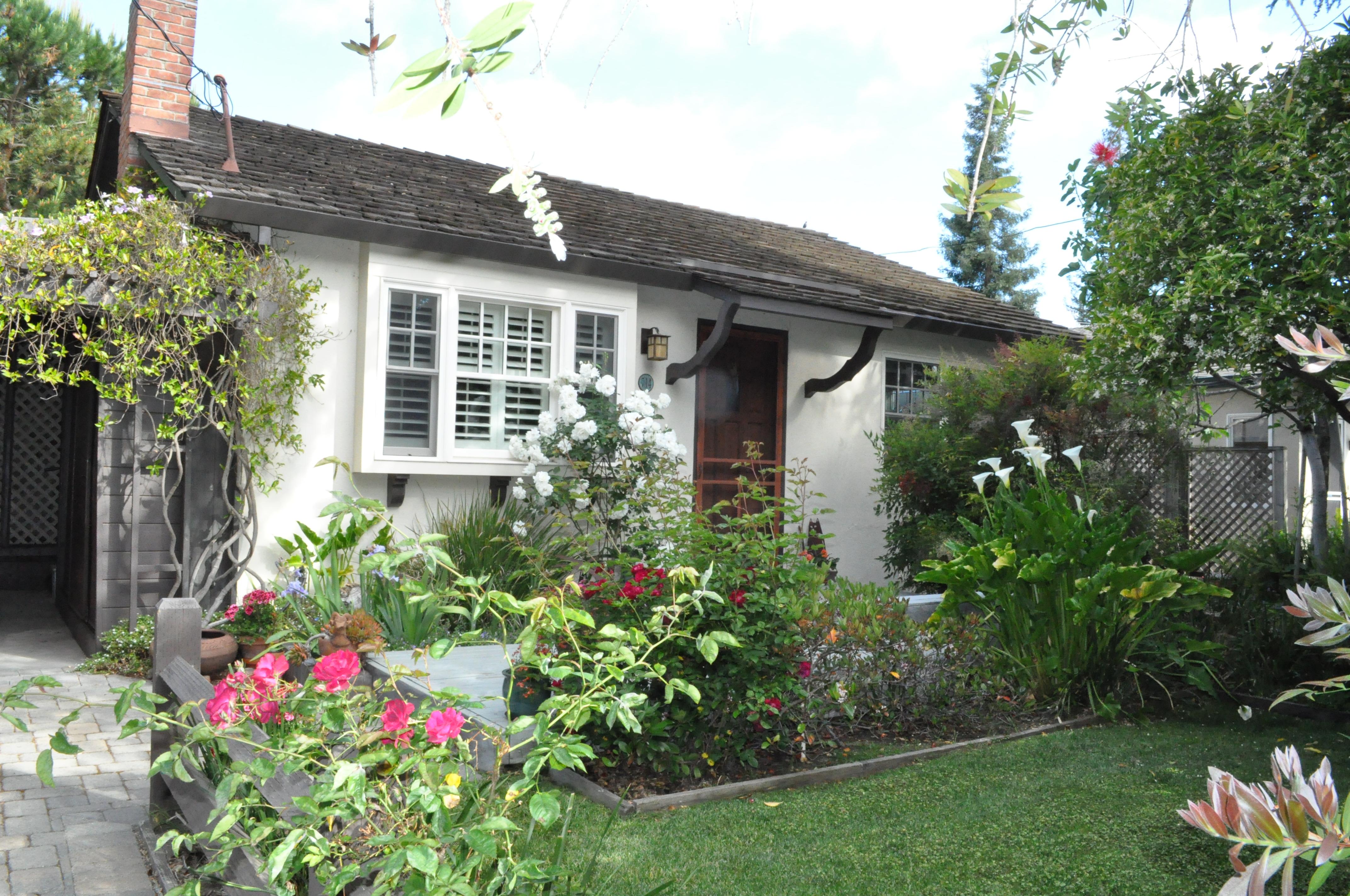 714 Matadero Ave., Palo Alto