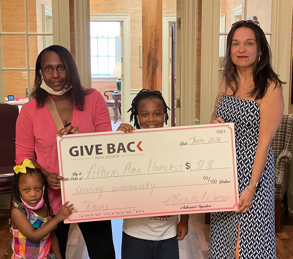 Michelle Watson GIVES BACK to the Athens Area Homeless Shelter