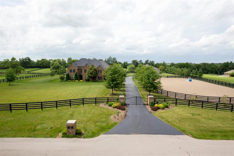 Farm For Sale 4801 Buggy Lane Lexington, KY 40516