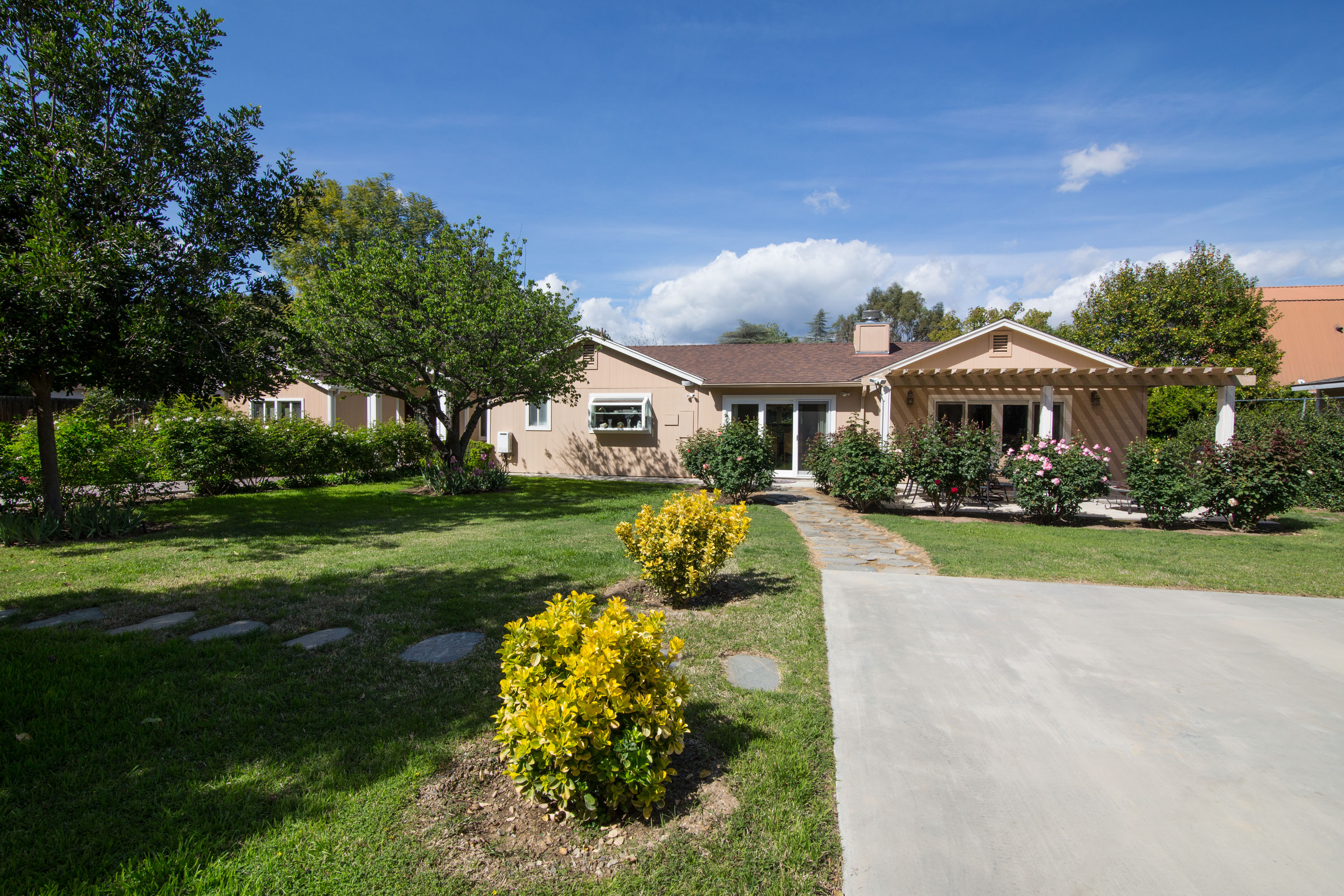 Just Listed Pristine Walnut Acres Upgraded 5B/4B Home Includes Guest House