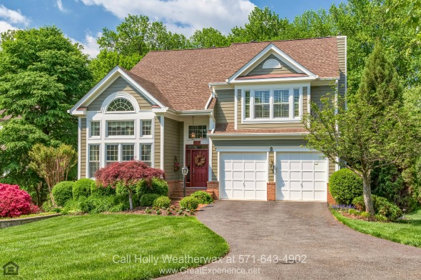 Homes for Sale in Reston VA - Your own slice of paradise awaits in this beautiful Reston VA home for sale.
