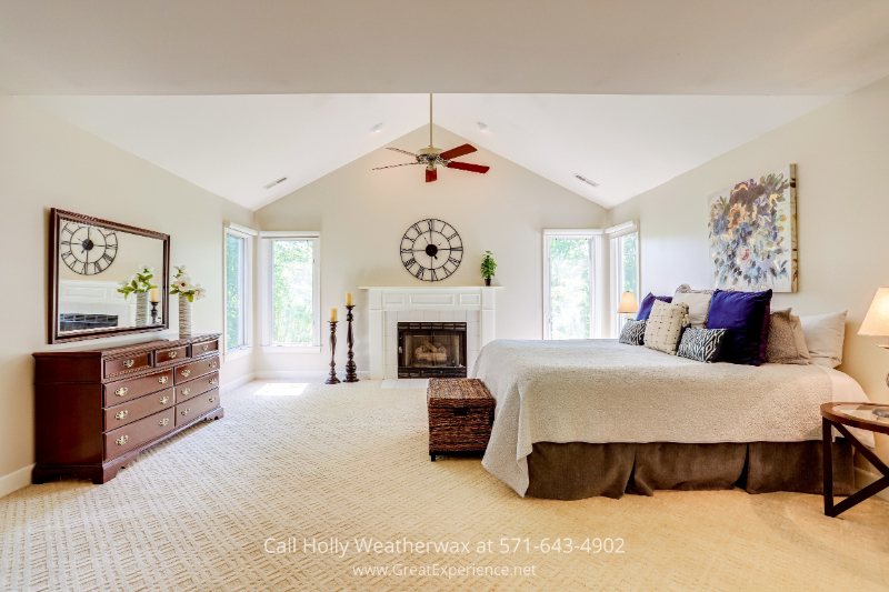 Home for sale in Reston, VA - Don't miss a minute of sleep in this beautiful primary suite, Reston, VA