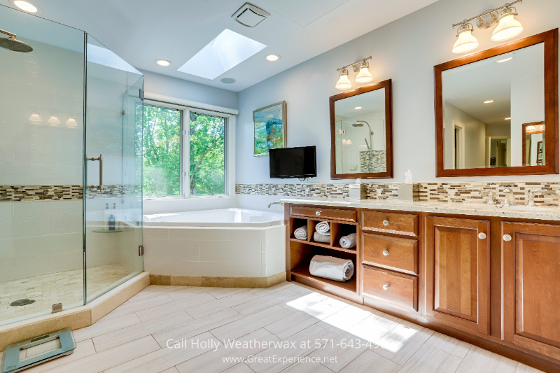 Reston, VA home - Soak away the pains of the day in this remodeled bath featured in this Reston, VA house