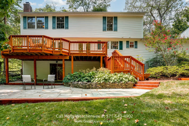 Homes for Sale Reston VA - Looking for a single family home in Reston? This spacious 5 bedroom house is worth checking out.