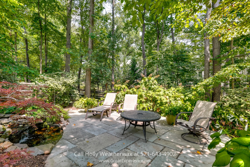 Reston, VA houses list - Generously sized rooms and great outdoor spaces are some of the features of this Reston house for sale.