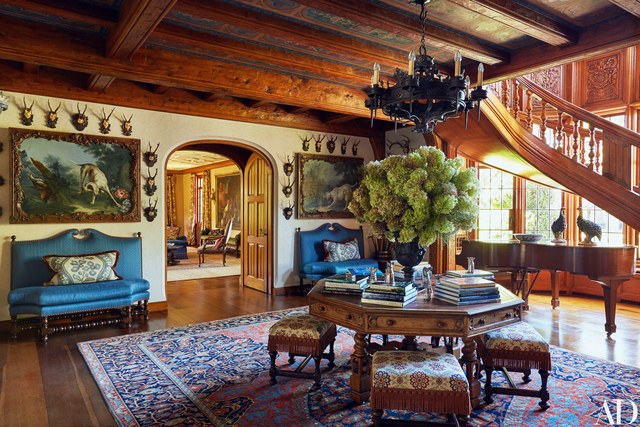 Inside Tommy And Dee Hilfiger S Ivy Covered Connecticut Castle