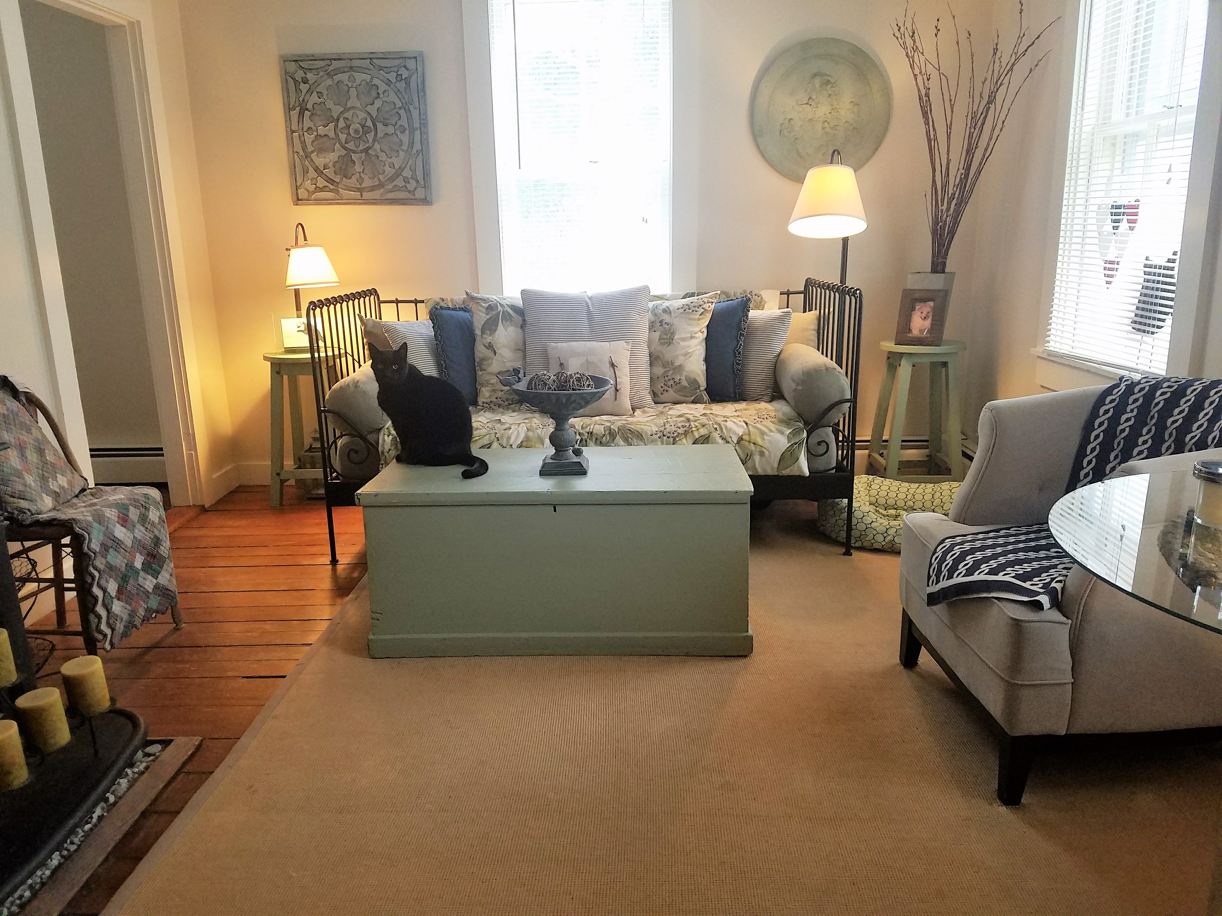 best rental in newport available yearly march 1 the rental market in newport ri is absurb right now it s unbelievable what a 2 bedroom pos on the third floor will rent for 1800