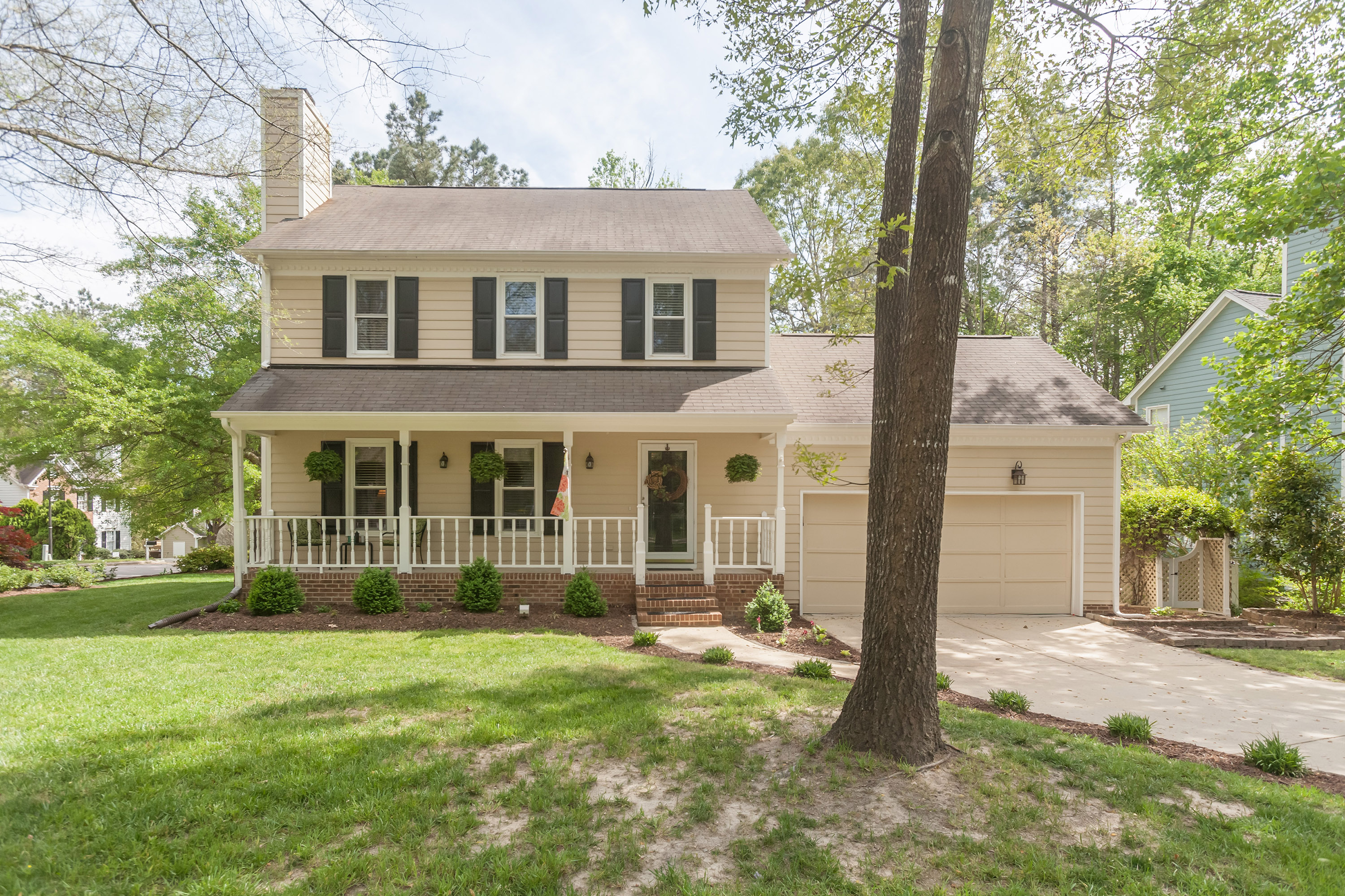 Just Sold! Congrats to the Gillette's!! ** - Ginger & Co