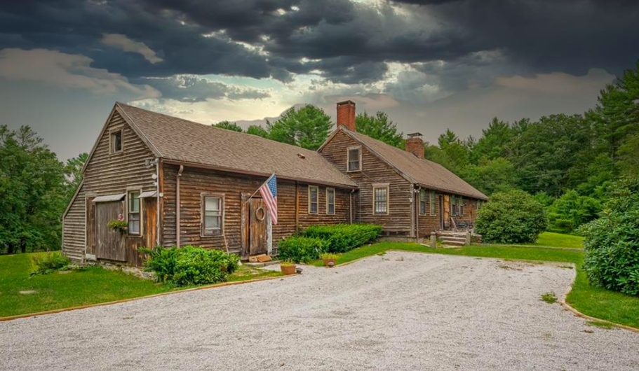 House Crush of the Week: 1677 Roundtop Road