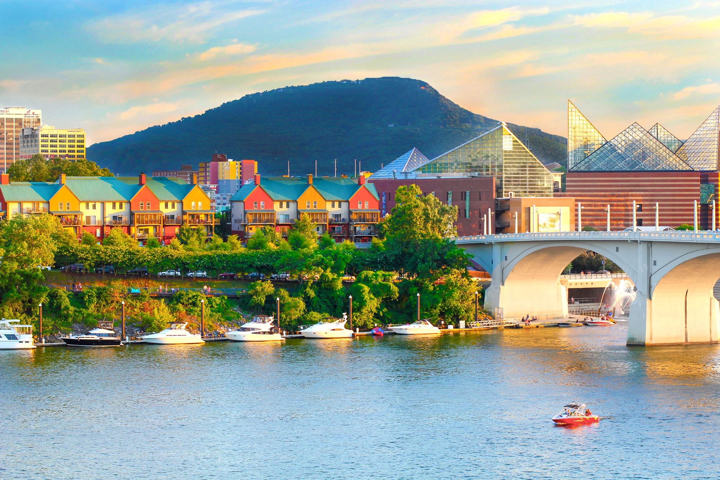 Family visiting soon? Here's a list of things to do in Chattanooga...
