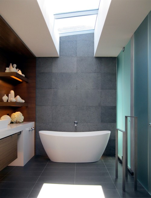 Freestanding bath tubs are in