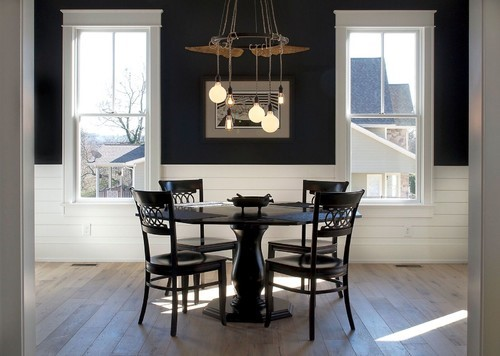 Use statement pieces for lighting