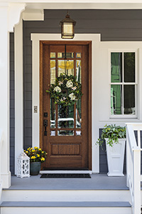Make Buyers Look Twice with These Fantastic Curb Appeal Updates